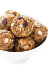 Photo of peanut butter chocolate chip energy balls